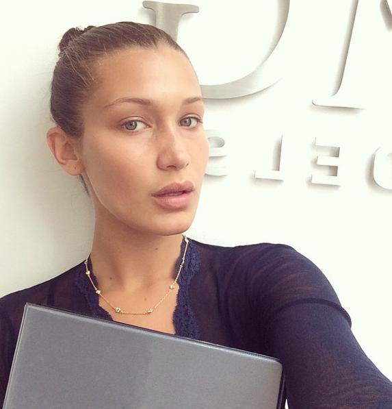 Img: IMG Models Signs Bella Hadid