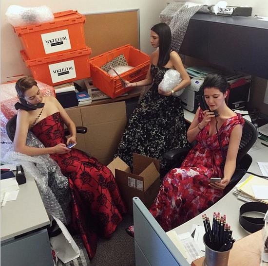 """""""On Wednesdays we wear #herrrera #VogueWTC @lilystav @reyvakili"""""""