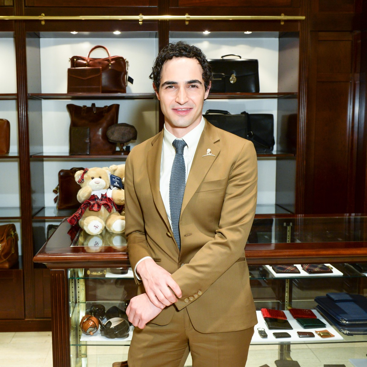 BROOKS BROTHERS Celebrates the Holidays with St. Jude Children's Research Hospital