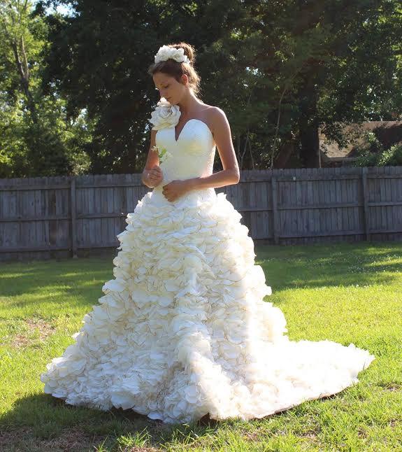 Cheap Wedding Dresses Reddit: The Toilet Paper Wedding Dress Contest Winners Are