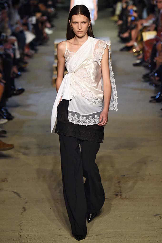 Givenchy New York  Fashion Week RTW Spring Summer 2016 September 2015