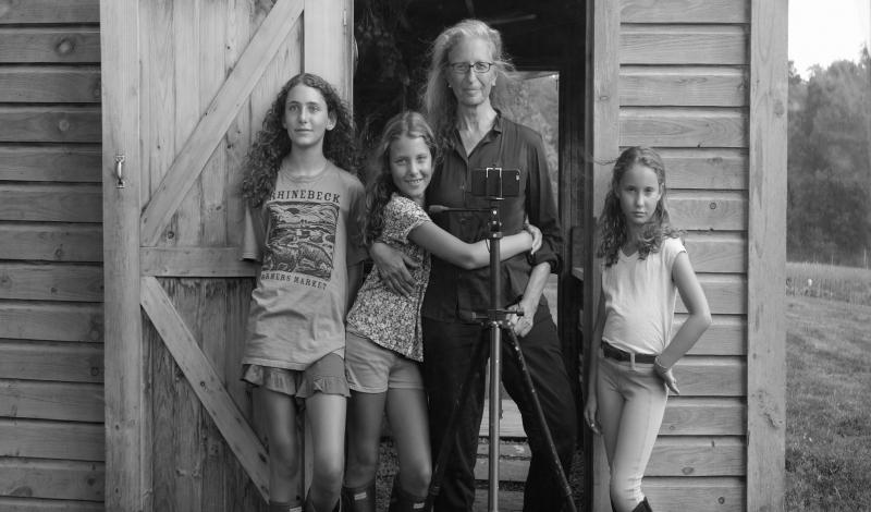 Annie Leibovitz with her children, Sarah, Susan and Samuelle, Rhinebeck, New York, 2015