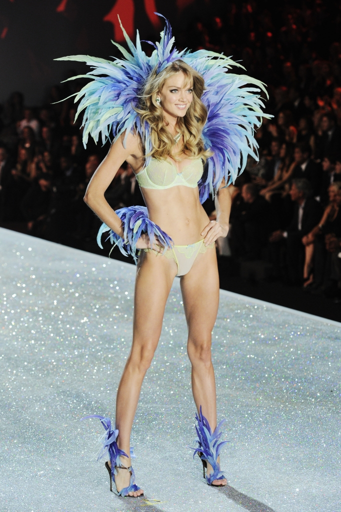 2012 VICTORIA'S SECRET Fashion Show – Runway