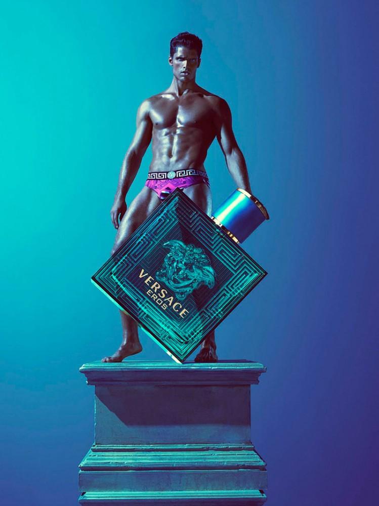 Versace-Eros-Summer-2013-Campaign-00