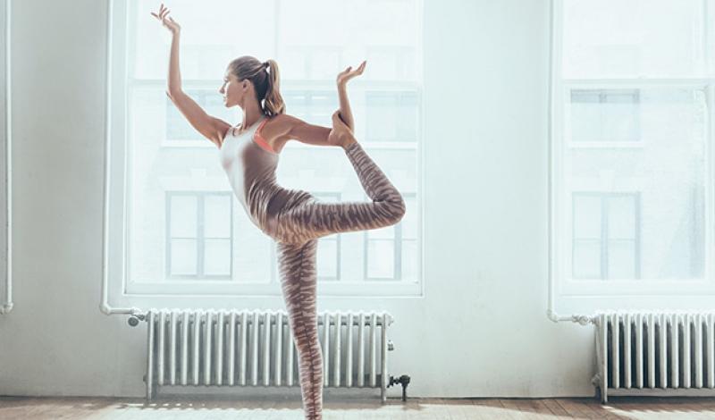 gisele-under-armour-campaign-yoga