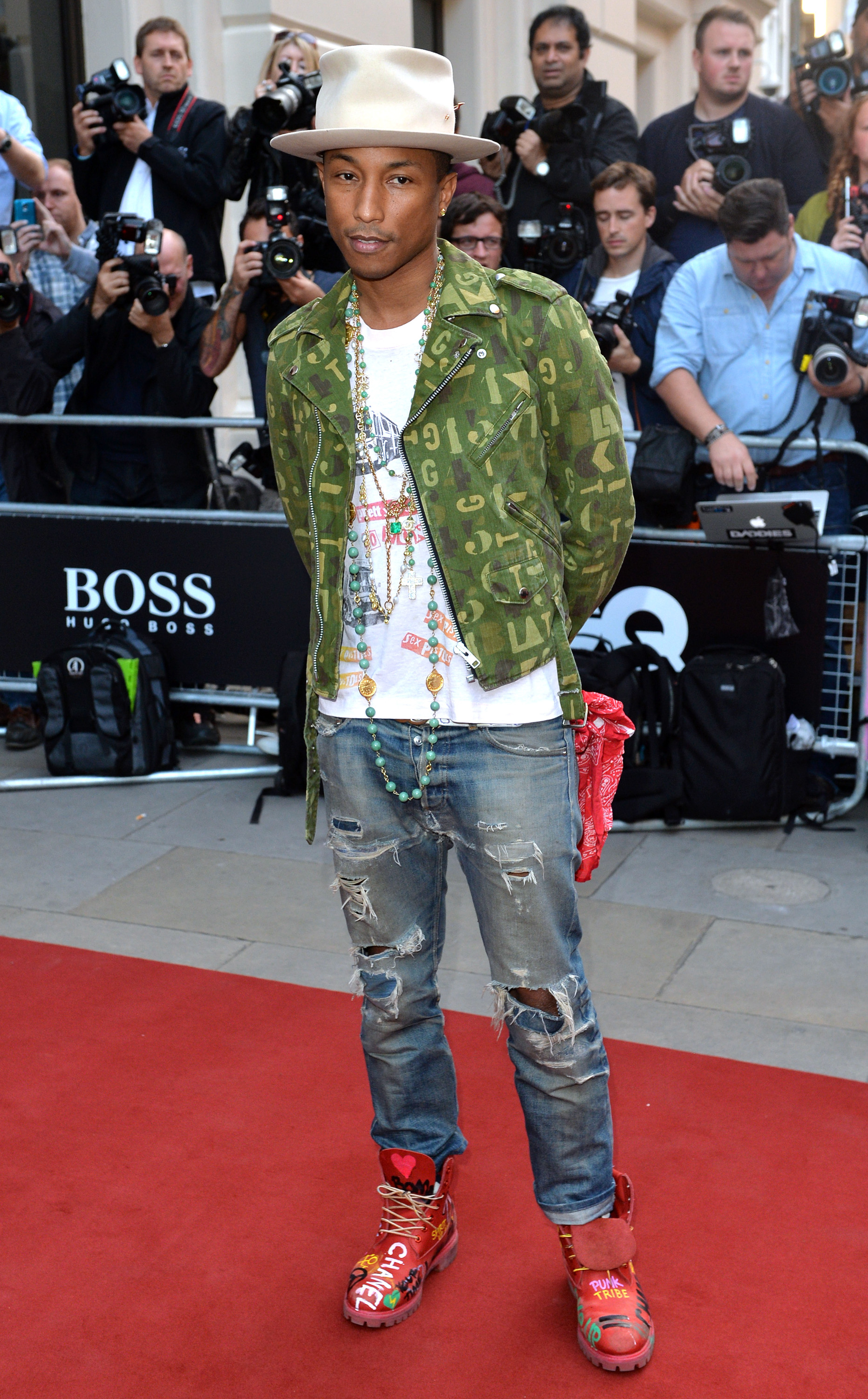 karl lagerfeld directed pharrell williams in a fashion