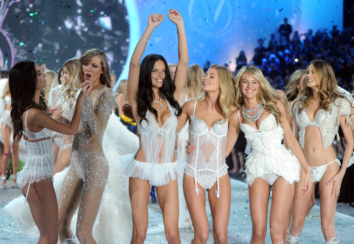 2013 Victoria's Secret Fashion Show – Show