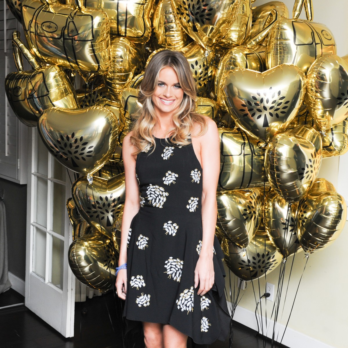 CHARLES FINCH HOSTS 'OUT OF TOWNERS' DINNER IN PARTNERSHIP WITH MULBERRY AT CHATEAU MARMONT