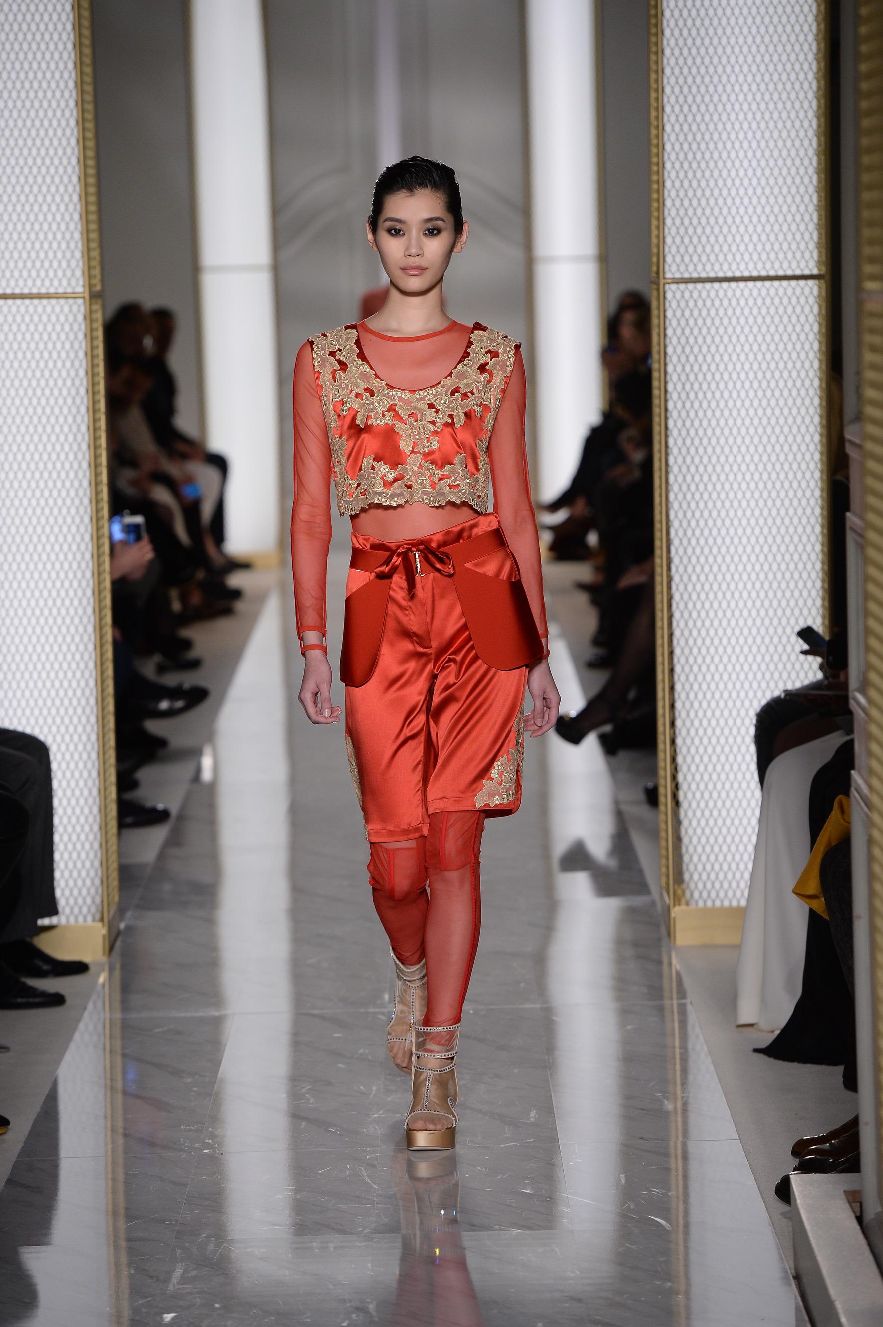La Perla Atelier Couture Spring 2015 - Daily Front Row ea32db936