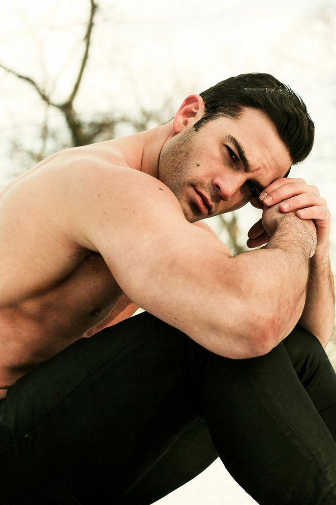 Male models for artist
