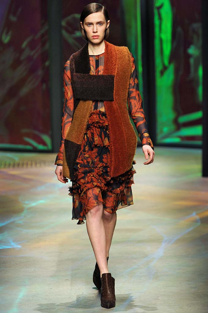 Thakoon
