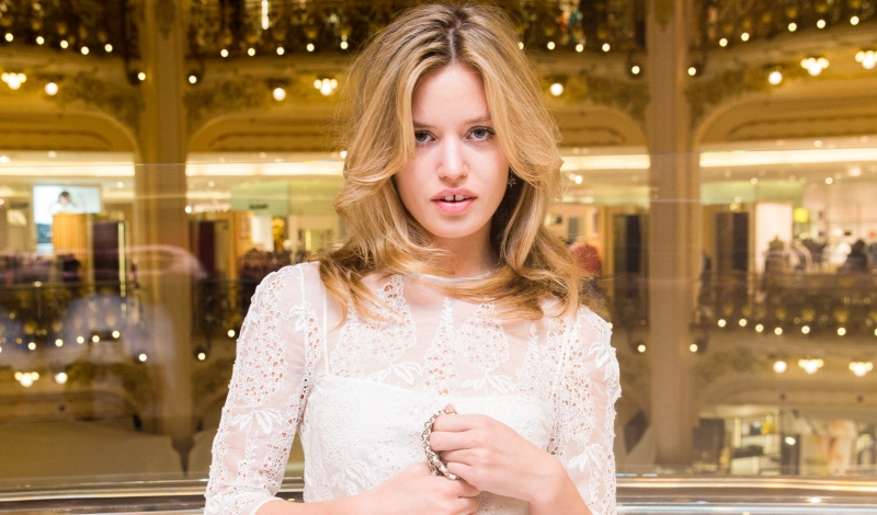GALERIES LAFAYETTE and MULBERRY celebrate 2015 Spring Summer collection with GEORGIA MAY JAGGER and JESSIE WARE