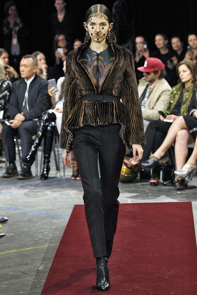 GivenchyParis RTW Fall Winter 2015 March 2015
