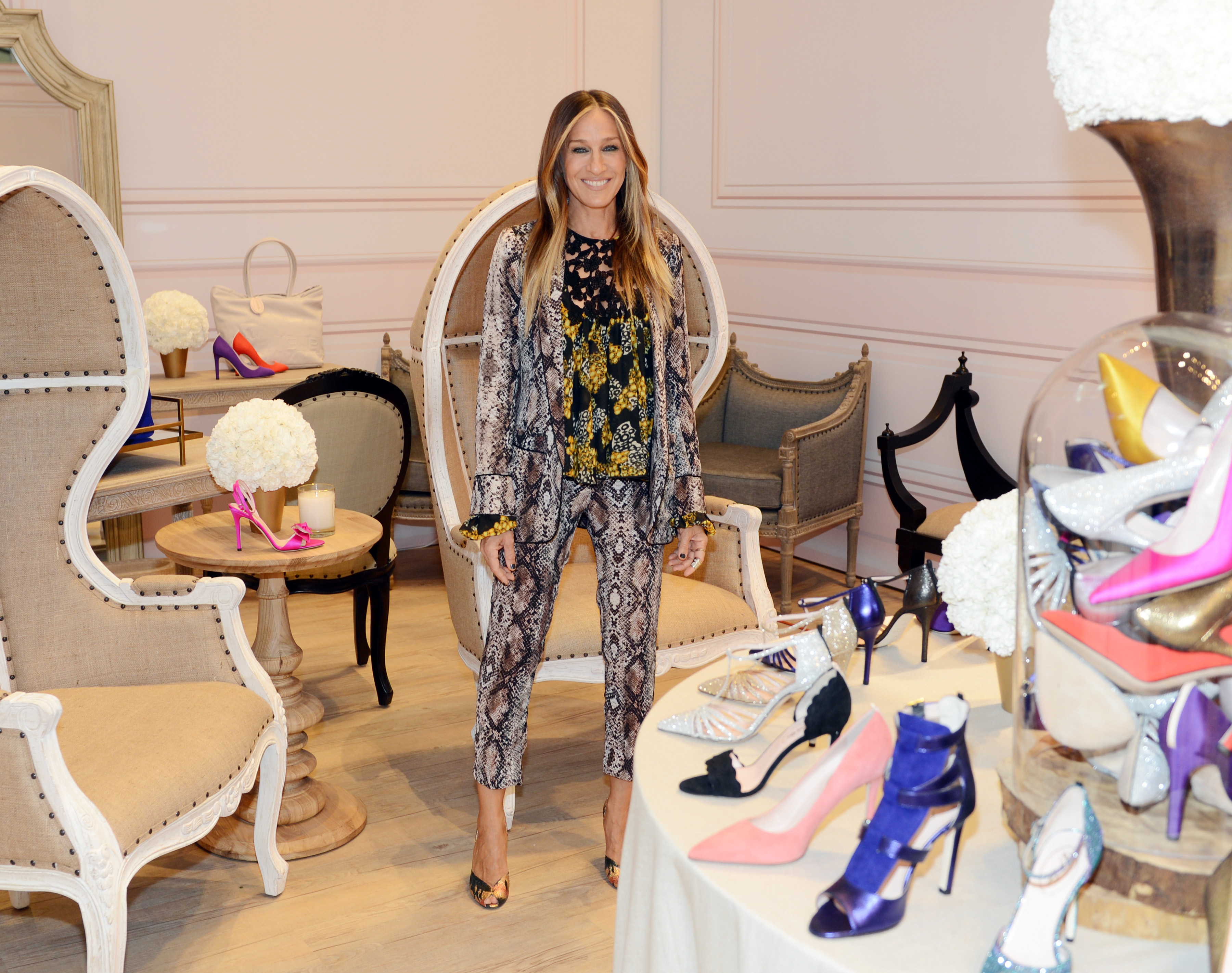 Sarah Jessica Parker On Vegas Good Luck Charms And Of Course Shoes Daily Front Row