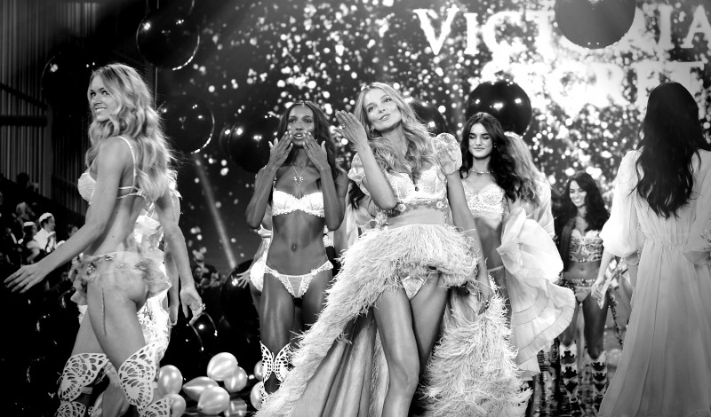 2014 Victoria's Secret Fashion Show - Alternative View