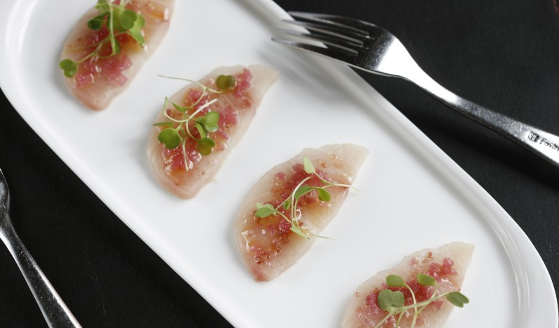 LDVGUR_Scarpetta Beach_Raw Yellowtail_Credit Melissa Hom