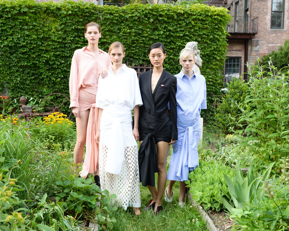 STELLA McCARTNEY Spring 2016 Presentation