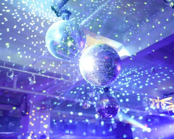 Disco-mosphere