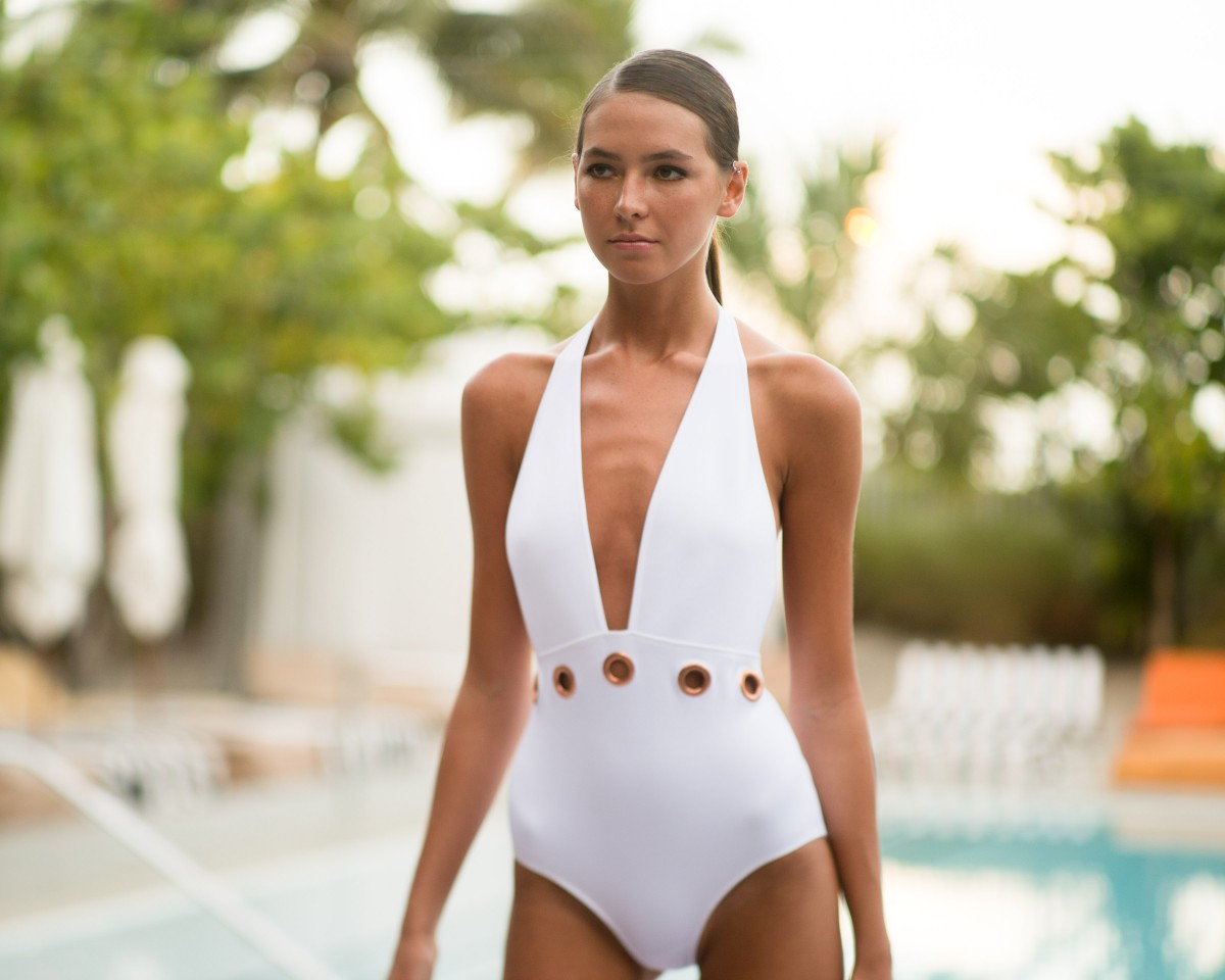 CLOVER CANYON Resort 2016 Swim Presentation