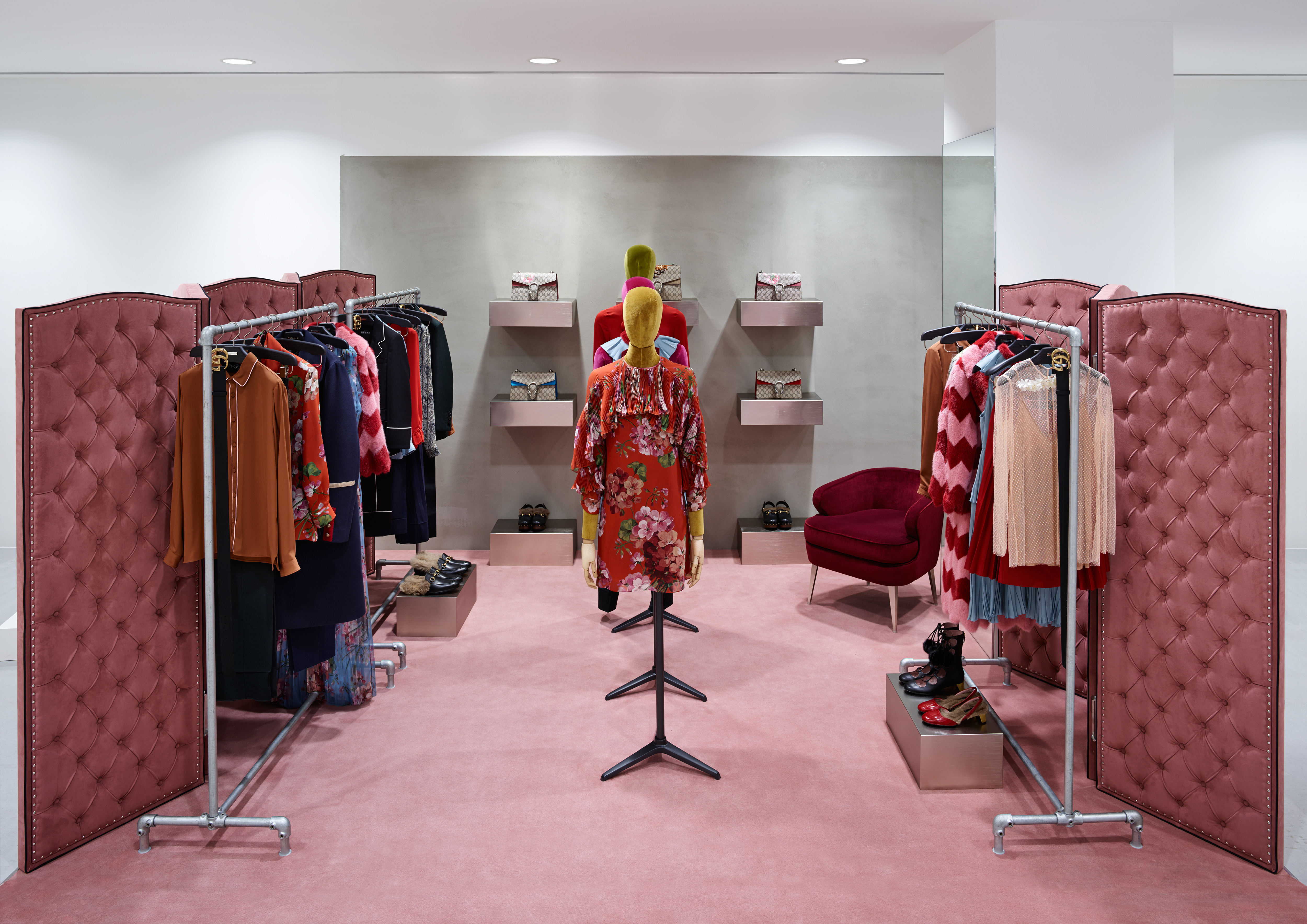 Gucci is coming to dover street market with shop in shops at dsms new york beijing tokyo and london locations each will carry creative director