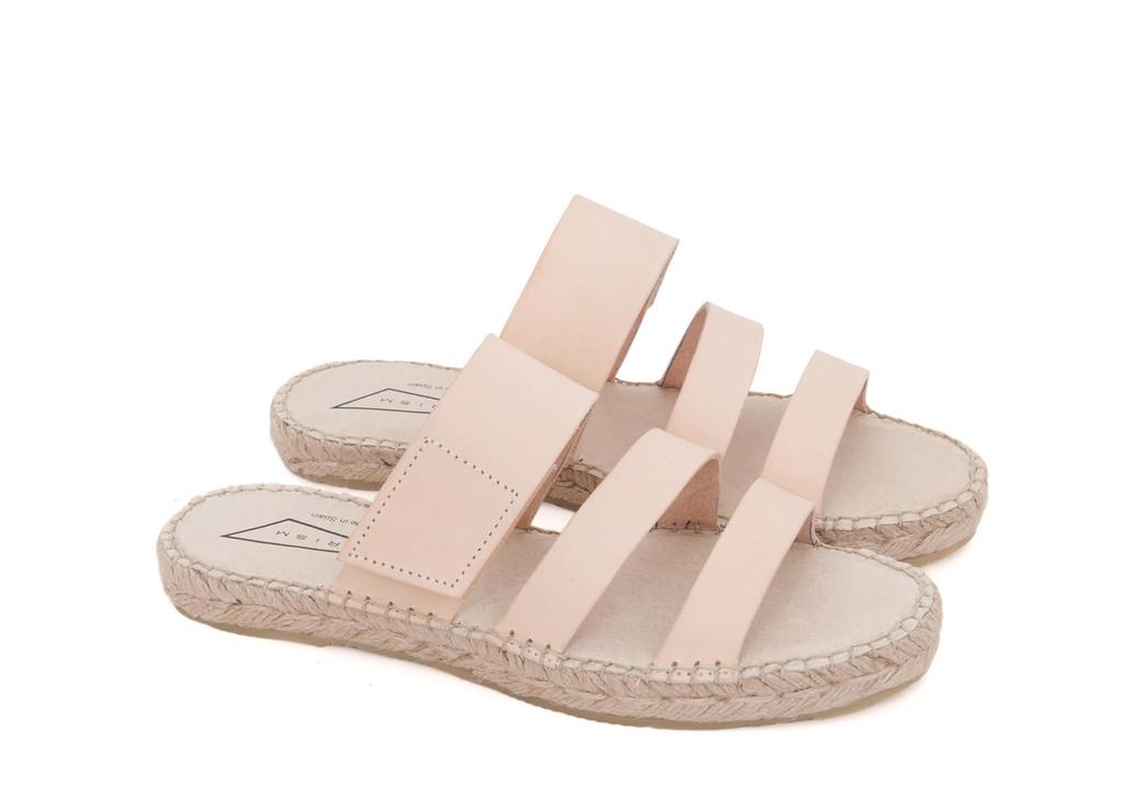 Footwear02_e0f3d09c-1c4b-4edf-a171-af22fa2d5300_1024x1024