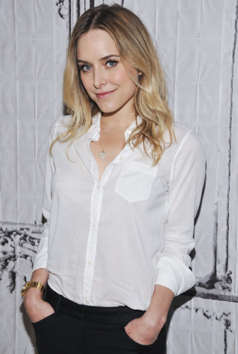 "AOL BUILD Series: Jenny Mollen Discusses Her Book  ""I Like You Just The Way I Am"""