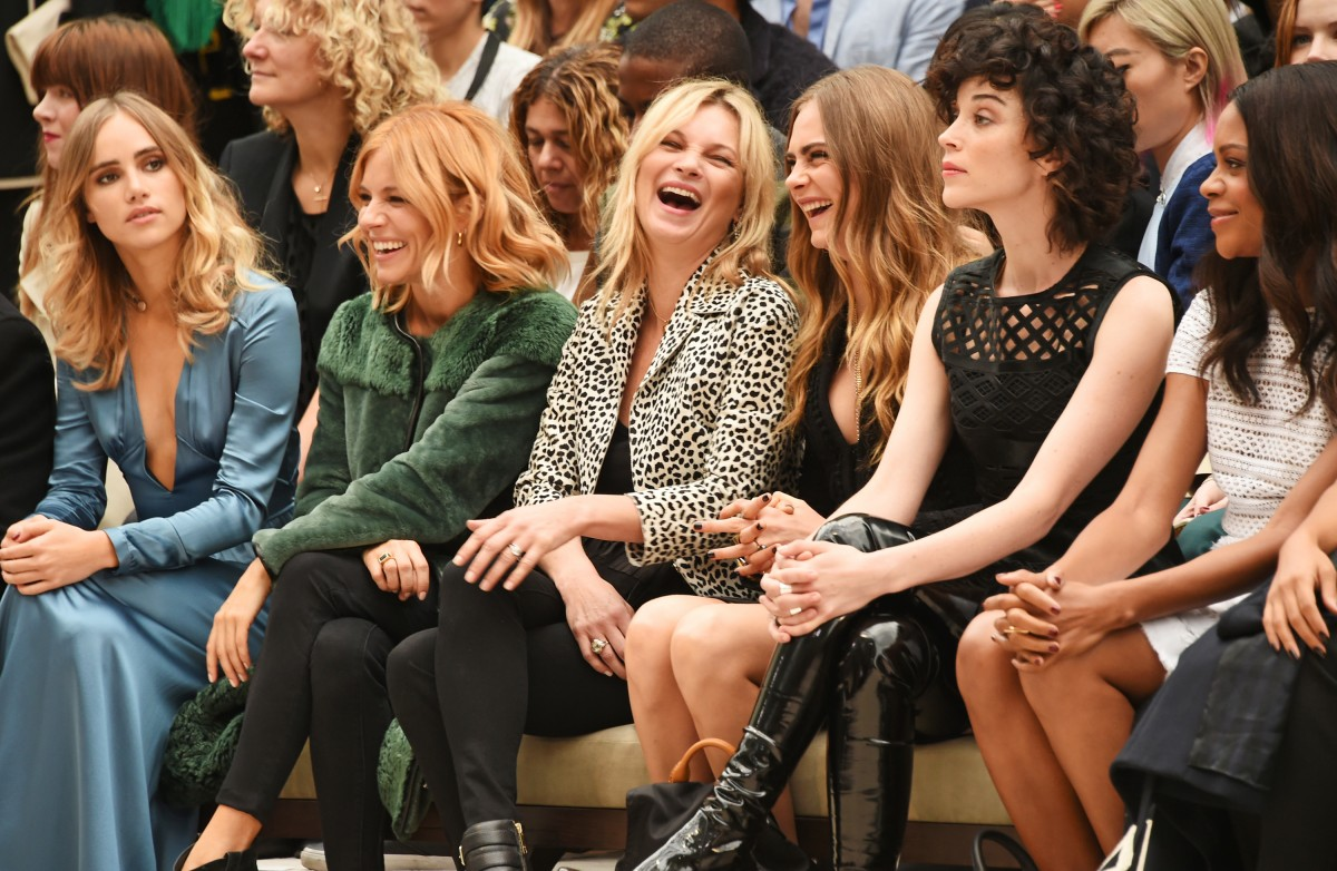 Burberry Womenswear Spring/Summer 2016 – Front Row & Runway