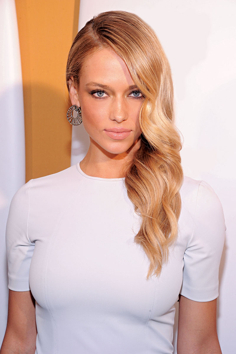 Instagram Hannah Ferguson naked (16 photo), Topless, Is a cute, Selfie, bra 2017