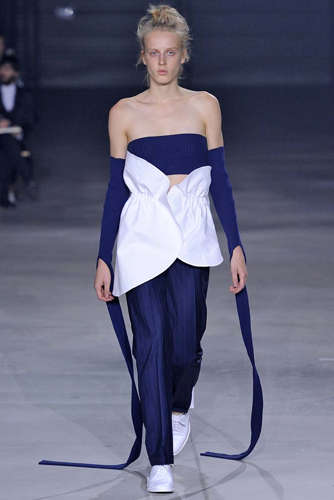 Jacquemus Paris RTW Spring Summer 2016 September-October 2015