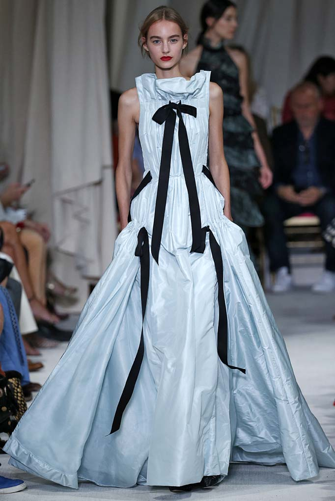 Oscar de la Renta New York RTW Spring Summer 2016 September 2015