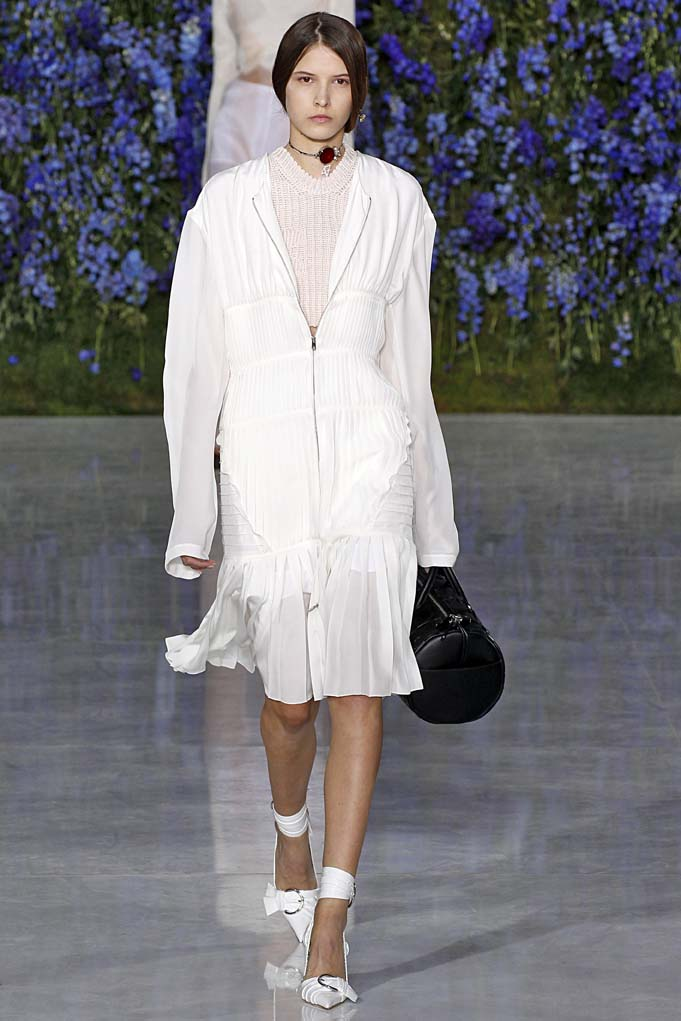 Dior Paris RTW Spring Summer 2016 September-October 2015