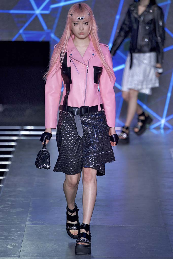 Louis Vuitton Paris RTW Spring Summer 2016 September-October 2015