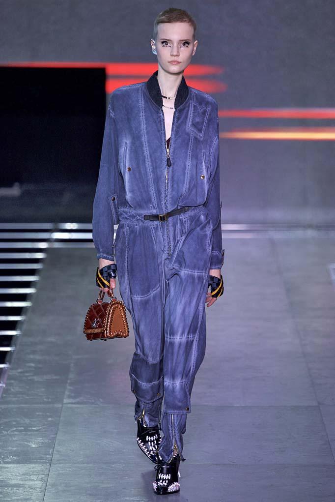 Louis Vuitton Paris RTW Spring Summer 2016 September-October 2015