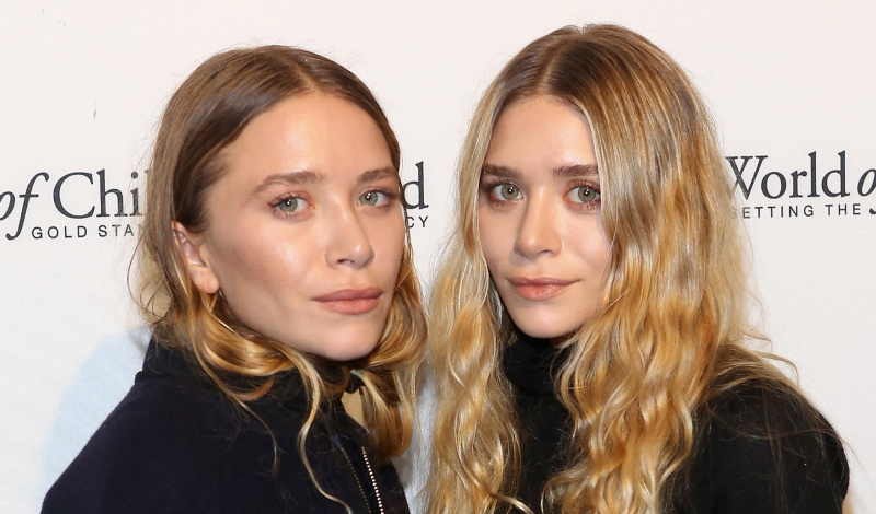 NEW YORK, NY - NOVEMBER 06:  Mary-Kate Olsen and Ashley Olsen attend 2014 World Of Children Awards at 583 Park Avenue on November 6, 2014 in New York City.  (Photo by Robin Marchant/Getty Images)