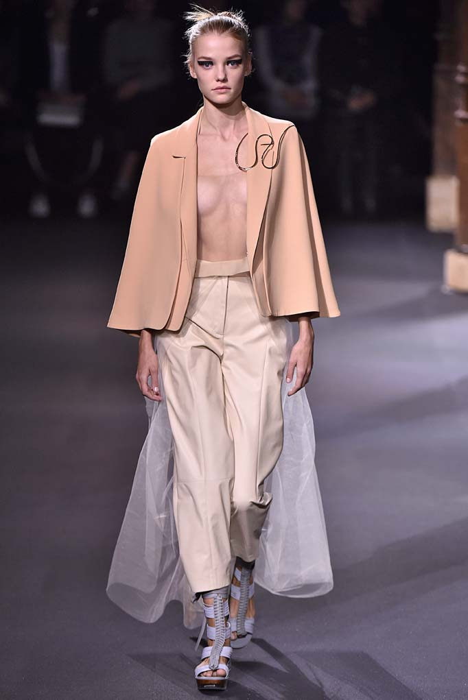 Vionnet Paris RTW Spring Summer 2016 September-October 2015