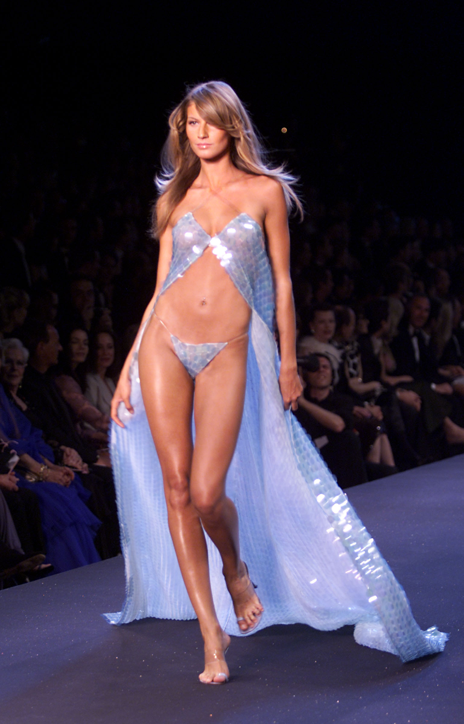 Model Gisele Bundchen on the runway at the Victoria's Secret Fashion Show at the amfAR/Cinema Against Aids 2000 benefit at the Cannes Film Festival, 5/18/00.Photo by Frank Micelotta/ImageDirect