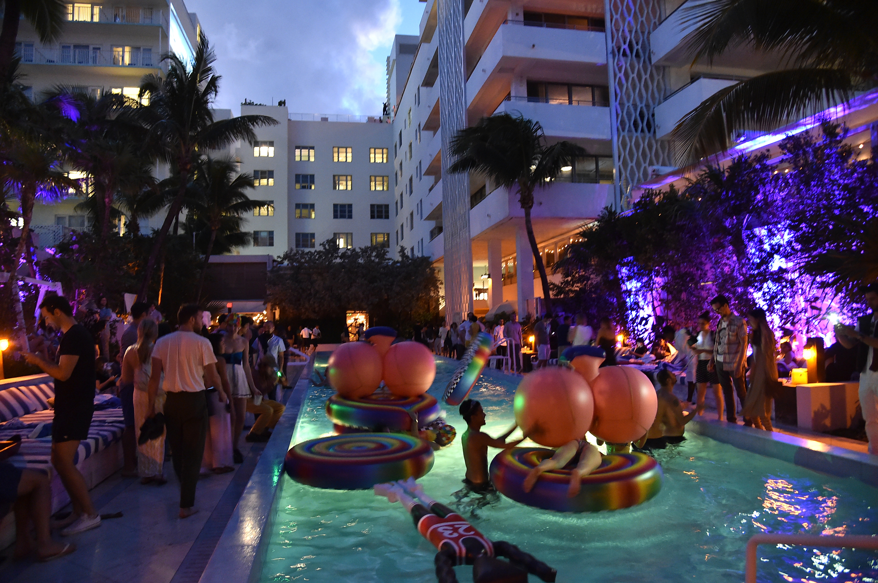 The definitive guide to art basel miami 2015 part one for Florida pool show 2015
