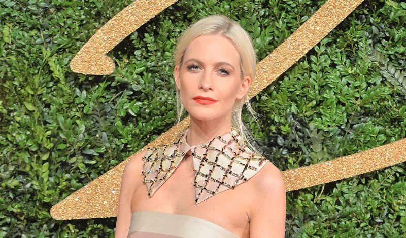 LONDON, ENGLAND - NOVEMBER 23:  Poppy Delevingne attends the British Fashion Awards 2015 at London Coliseum on November 23, 2015 in London, England.  (Photo by Anthony Harvey/Getty Images)