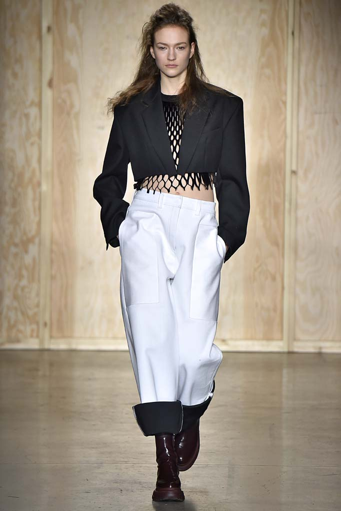 DKNY New York RTW Fall Winter 2016 February 2016