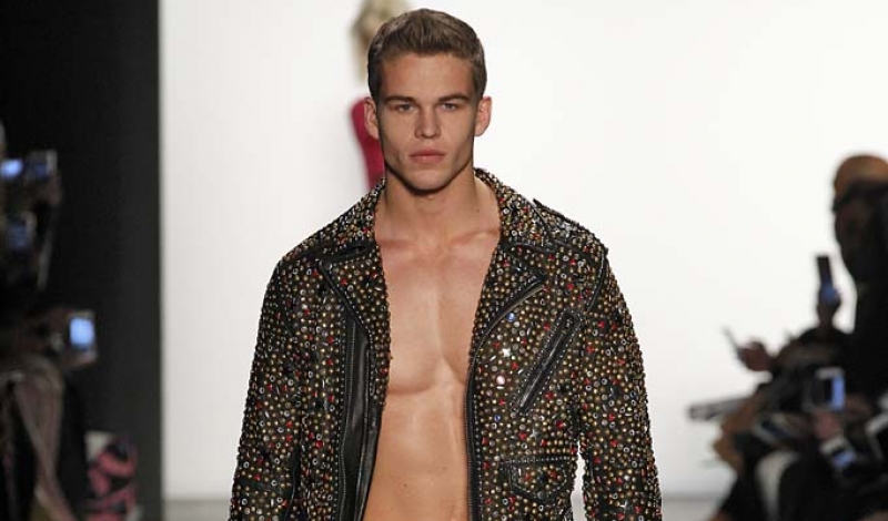 Star On The Rise! Meet DNA Models' Mitchell Slaggert! Plus