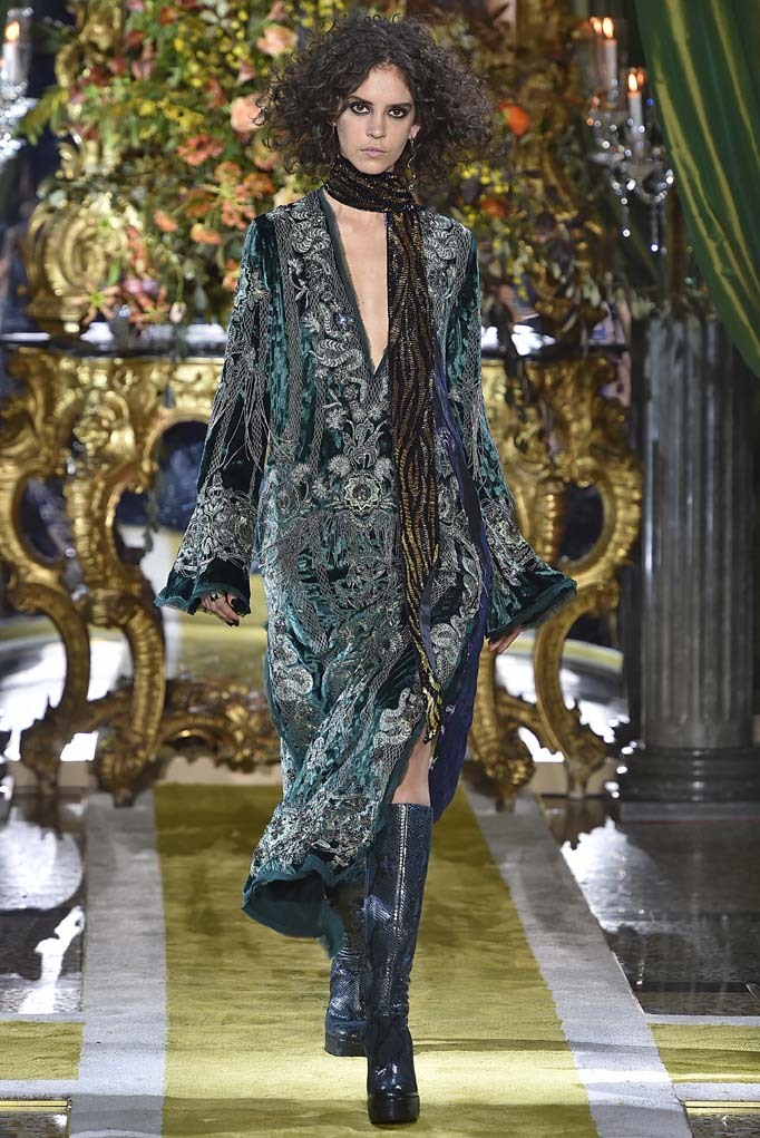 Roberto Cavalli Milan RTW Fall Winter 2016 February 2016