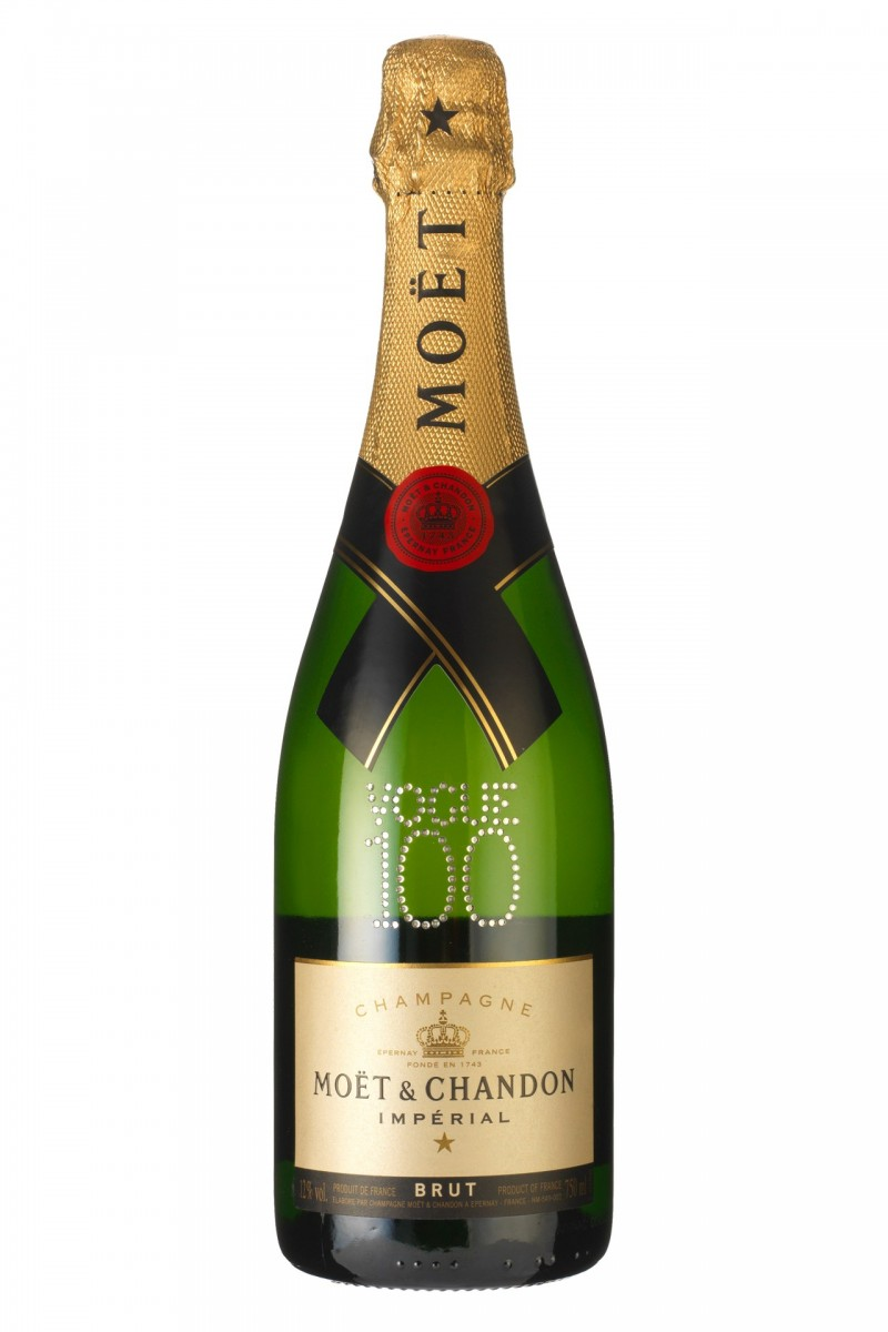 Moet-Vogue-100-Bottle-Vogue-100-Products-Vogue-3March16_b