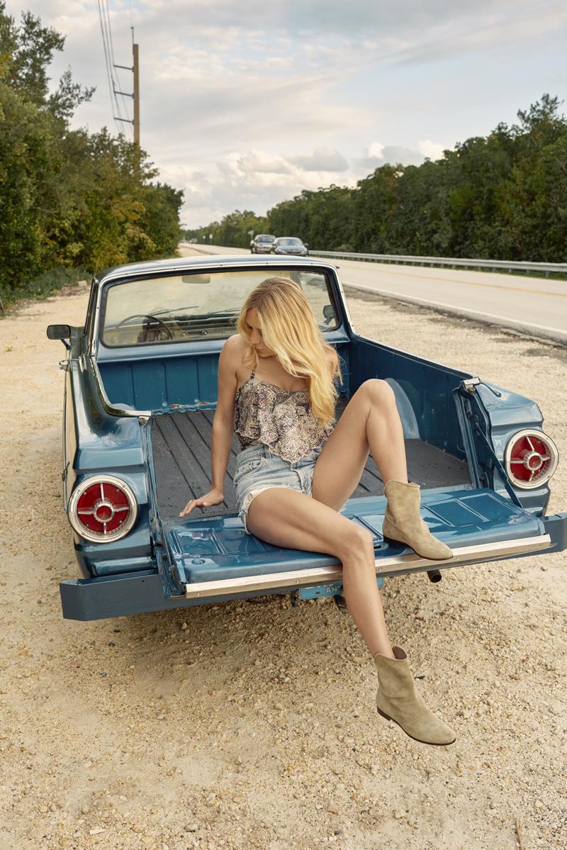 SS16 Stylediary Chloe Sevigny MINA FLAT 1