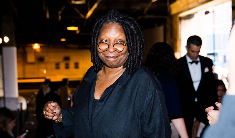 NEW YORK, NY - JUNE 09:  Whoopie Goldberg attends the 7th Annual amfAR Inspiration Gala at Skylight at Moynihan Station on June 9,  (Photo by Kevin Tachman/Getty Images)