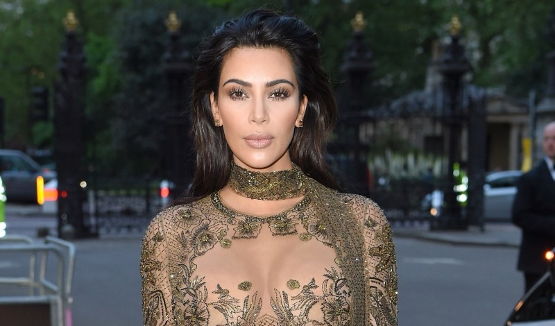 LONDON, ENGLAND - MAY 23:  Kim Kardashian West arrives for the Gala to celebrate the Vogue 100 Festival at Kensington Gardens on May 23, 2016 in London, England.  (Photo by Karwai Tang/WireImage)
