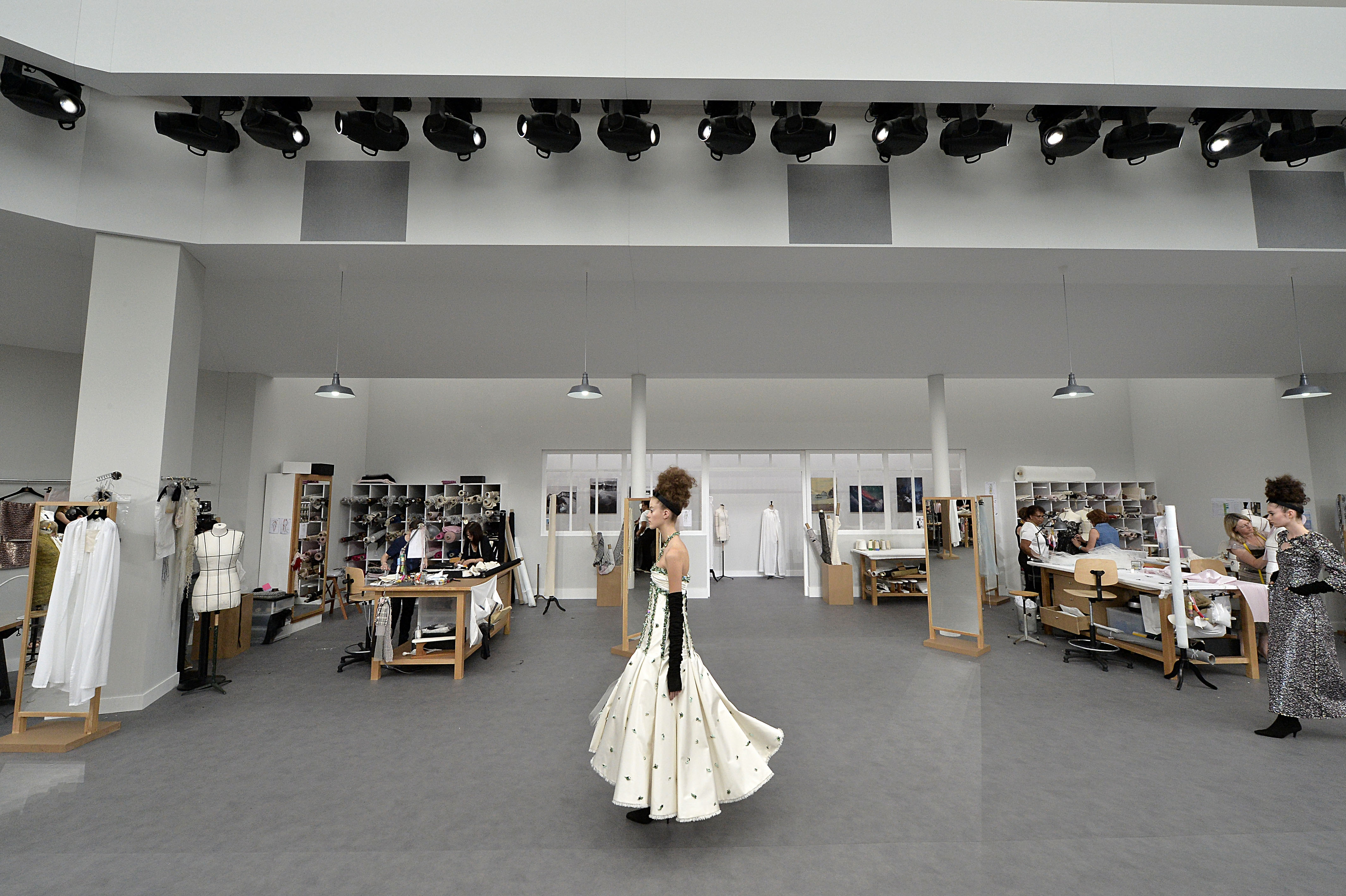 J. Mendel Debuted Couture Collection for Fall 2019 images