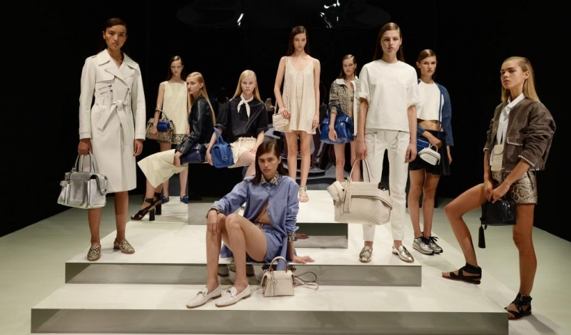tods-timeless-icons-ss17-tableau_01-png