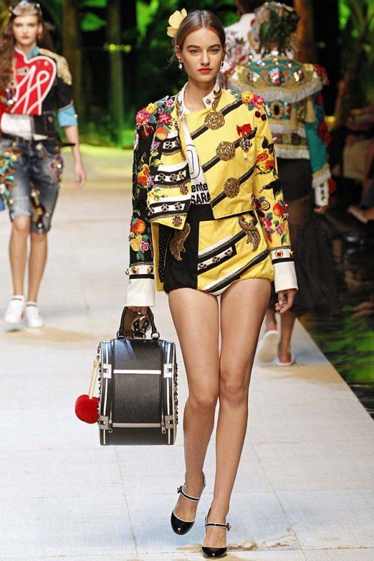 41cccea7f77dd Dolce Gabbana Milan RTW Spring Summer 2017 September 2016