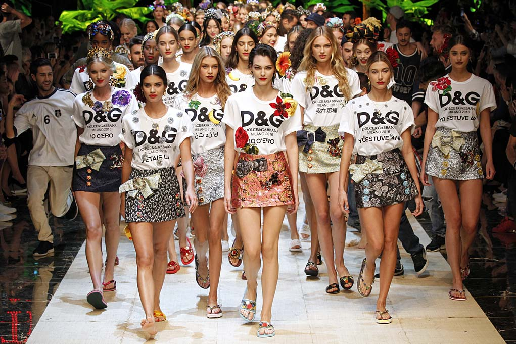 080f82fca2 Dolce & Gabbana Spring/Summer 2017 - Daily Front Row