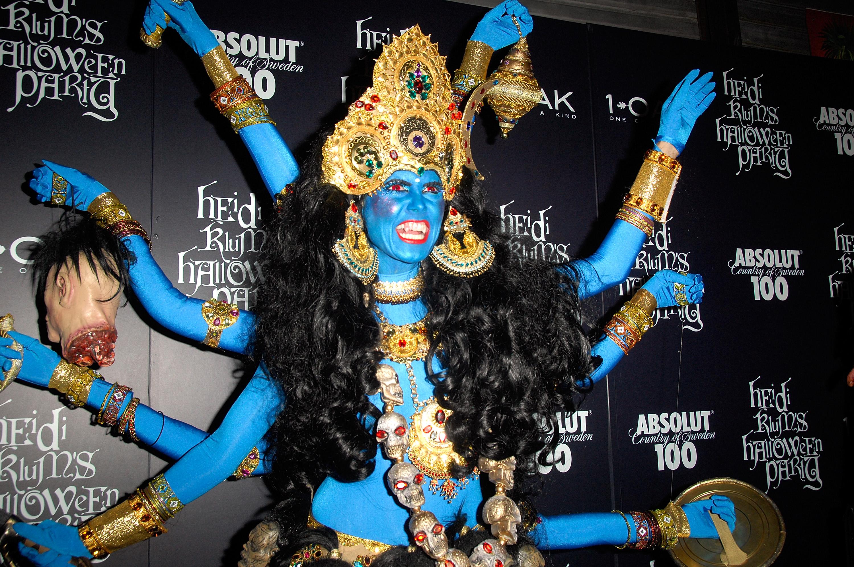Heidi Klum Halloween Shiva.Blast From The Past 16 Epic Looks From Heidi Klum S Halloween Party